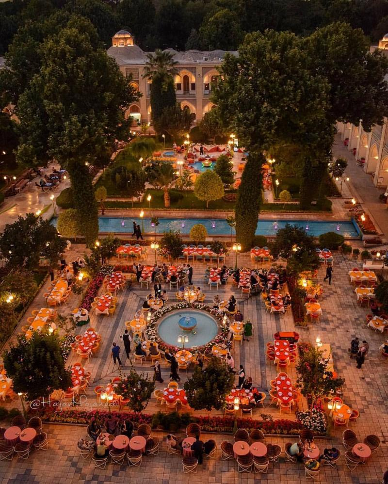 Wondeful places in iran , 400 yr old, Abbasi Hotel, Esfahan, Iran
