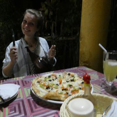 Pizza with Louisa in Siquijor