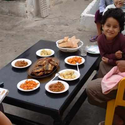 A rooftop lunch, Laayoune