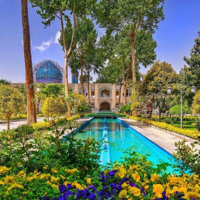 Travel To Hotel Abbasi of Isfahan