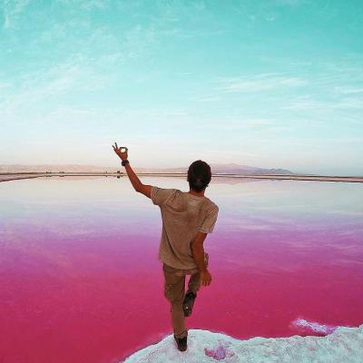 Where is Maharloo Pink Lake and How to travel to it ?
